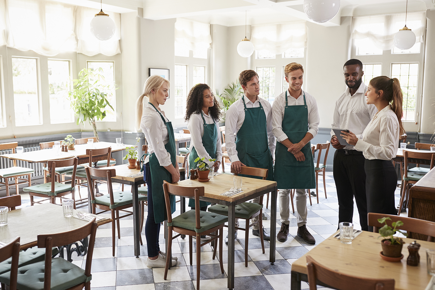 Restaurant managers need to bond with their employees.