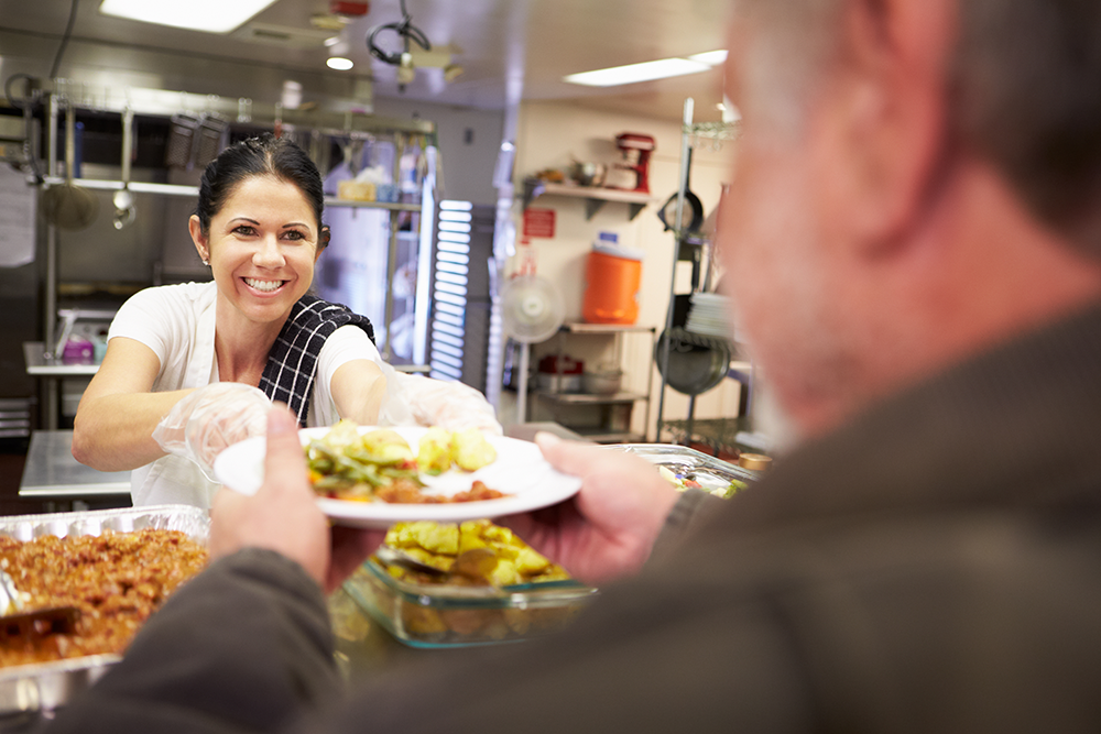 Restaurant managers can help their kitchen staff by learning basic Spanish & Portuguese (as necessary)
