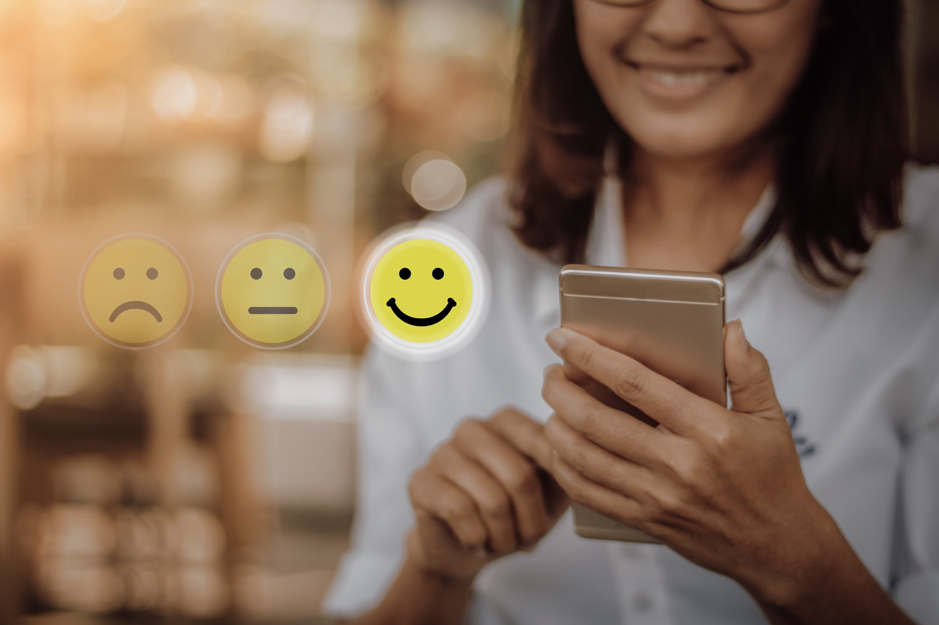 A well-structured restaurant loyalty program can boost online guest reviews.