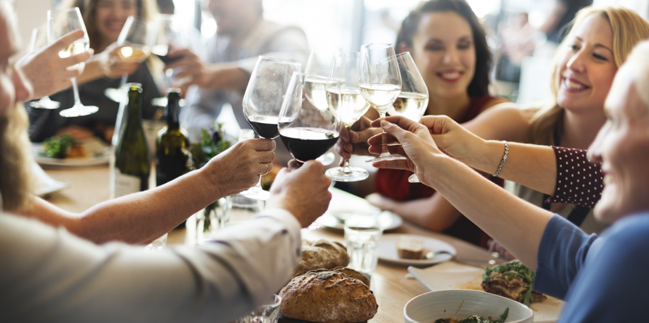 Restaurant loyalty programs can boost slow business times.