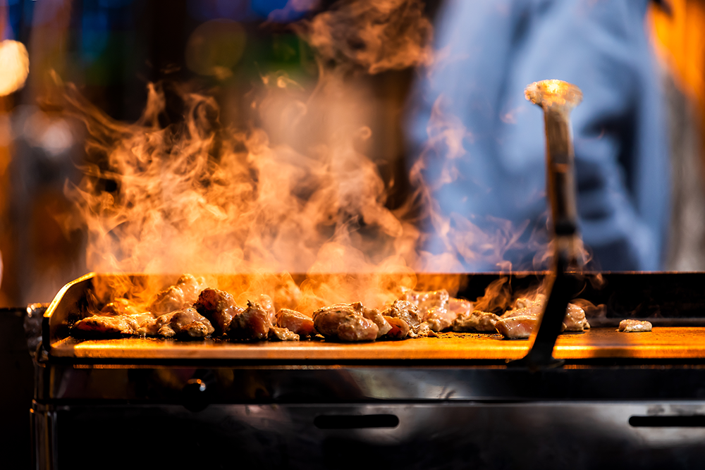 Create an amazing late-night restaurant experience.