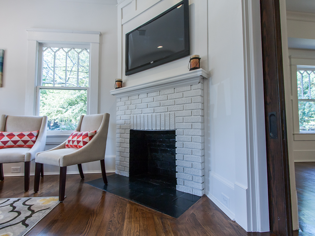 142 Adams-Fireplace.jpg