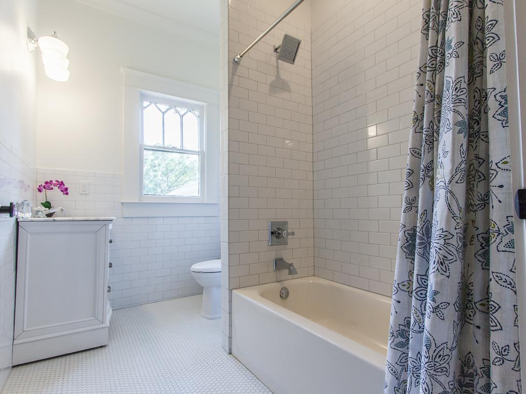 142 Adams-Bath 1.jpg