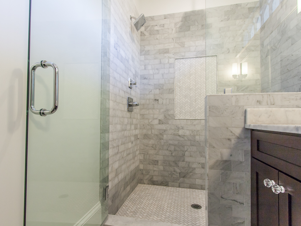 142 Adams-Master shower.jpg