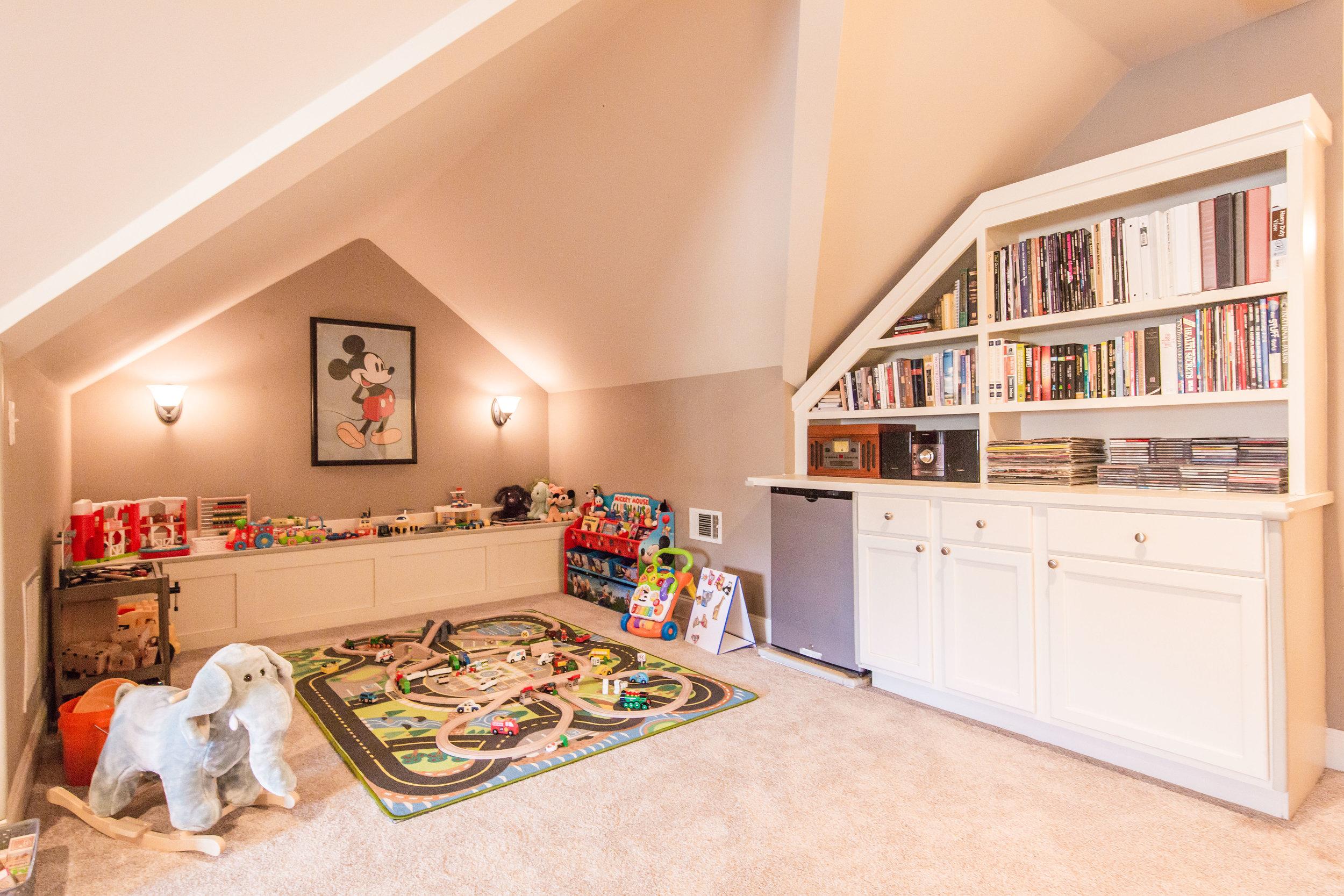 188 Palatka-Bonus Room Detail.jpg