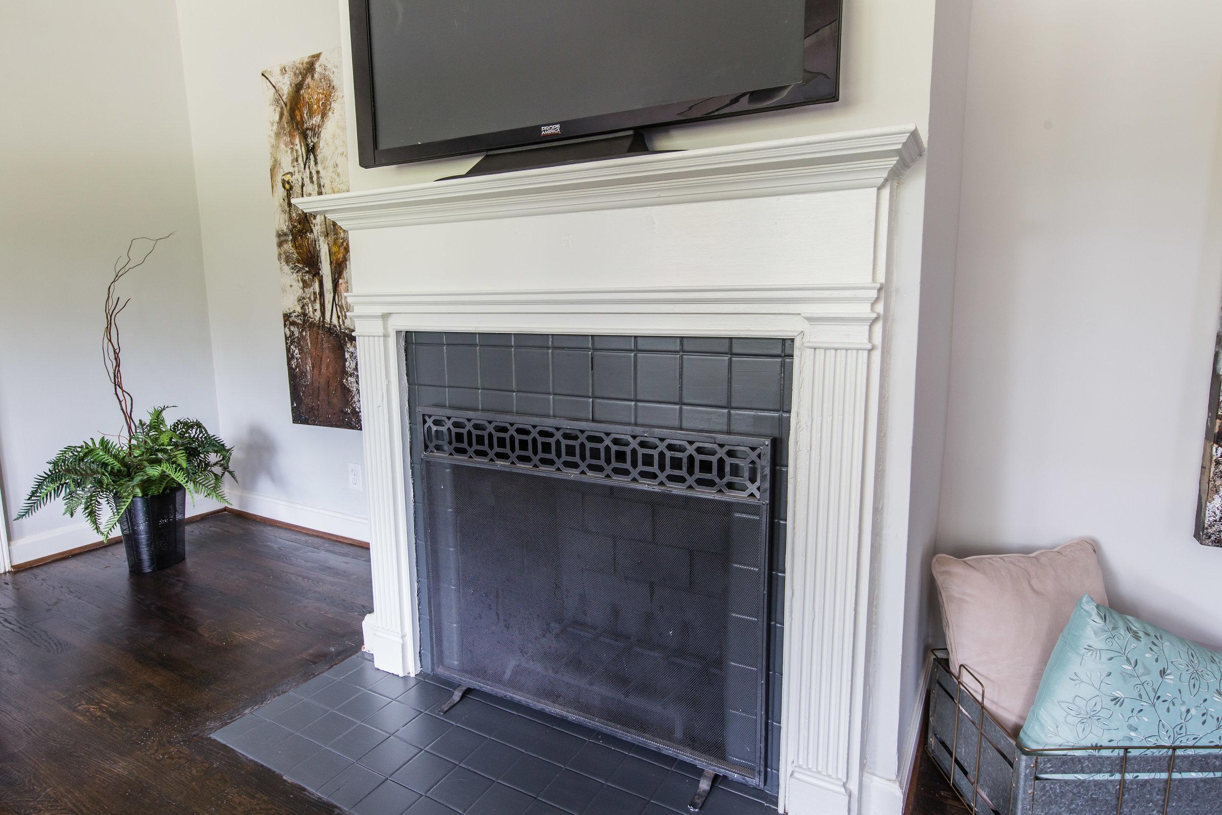 3220 Ardley-Fireplace.jpg