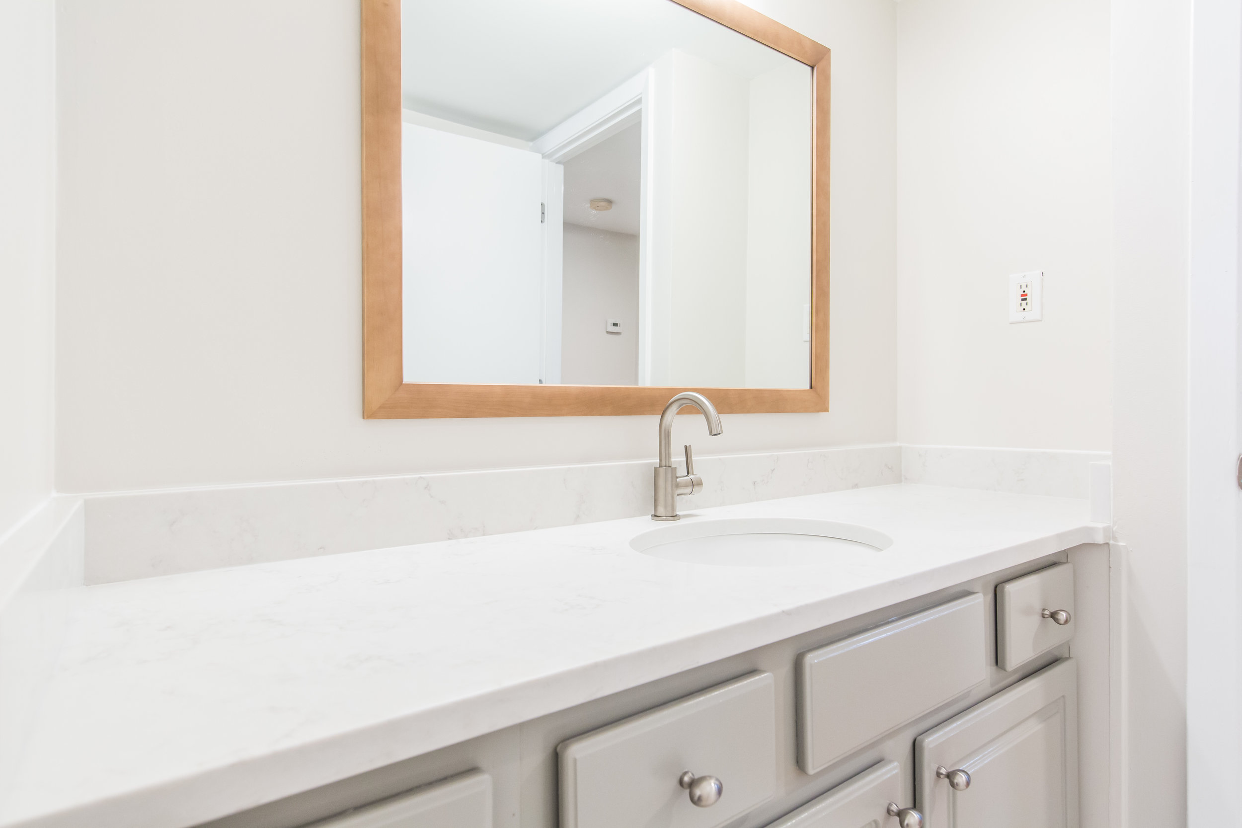 575 Flat Shoals Unit 9-Bath Vanity Detail.jpg