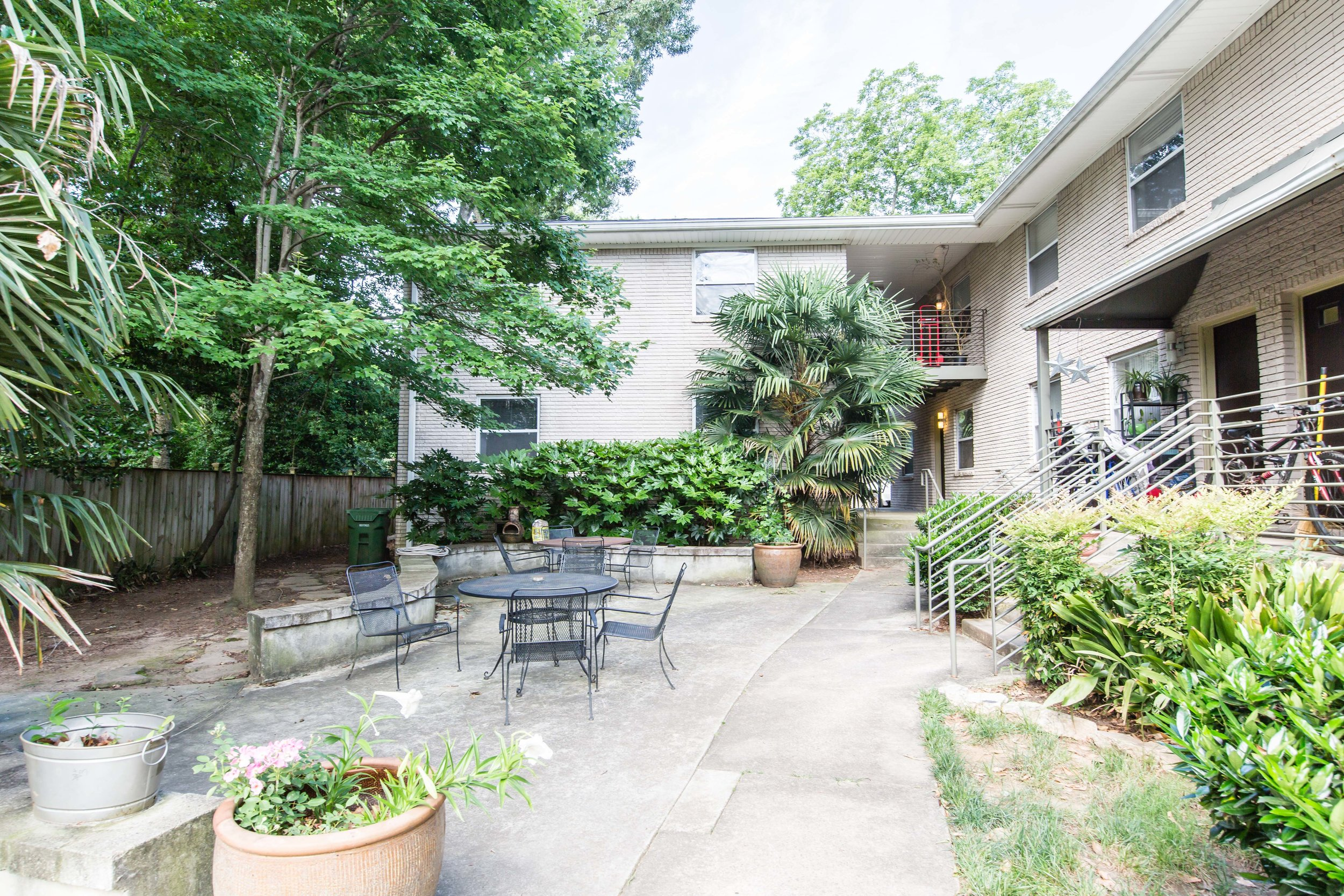 575 Flat Shoals Unit 9-Courtyard.jpg