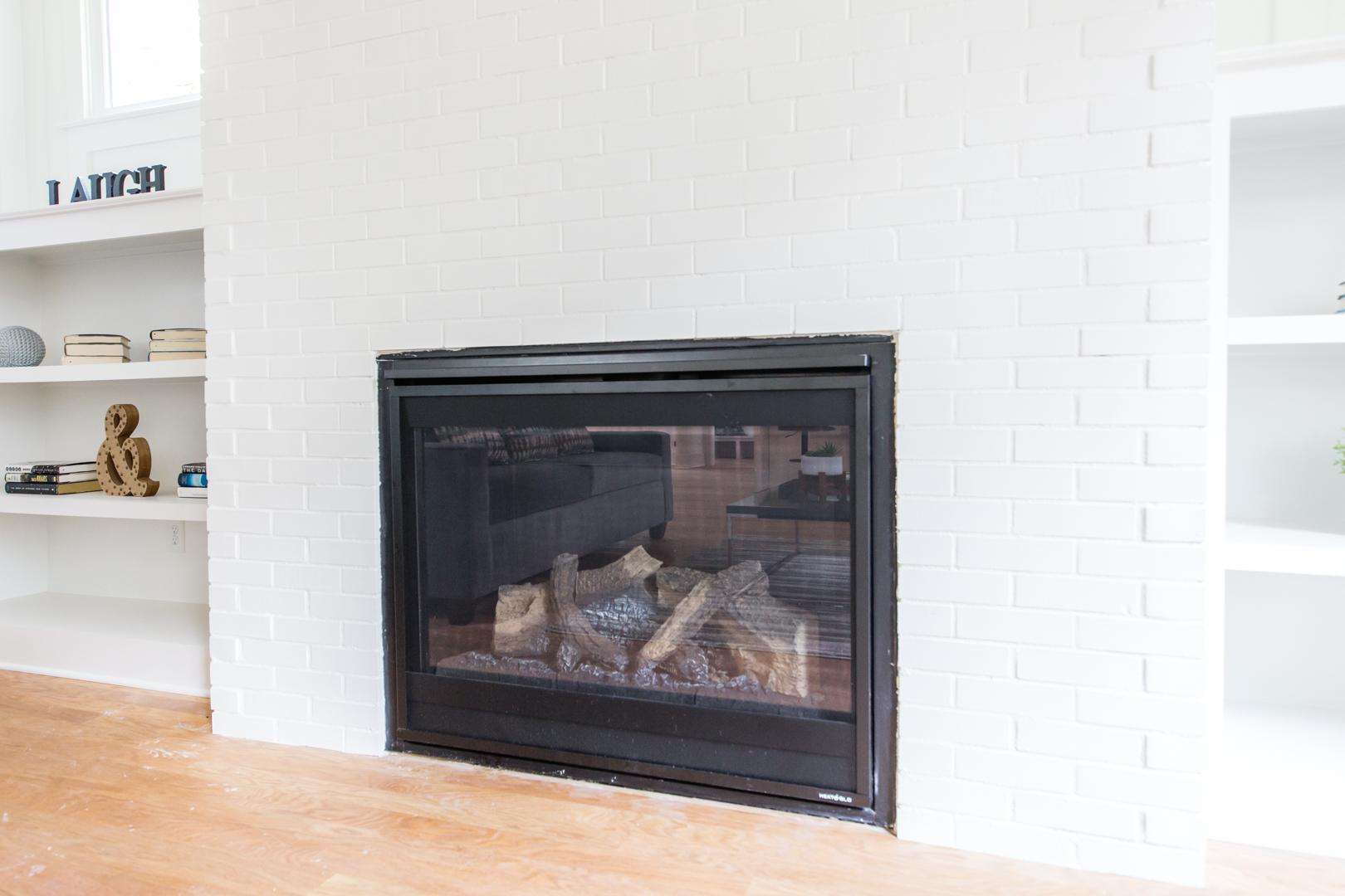 991 Mauldin B-Fireplace.jpg