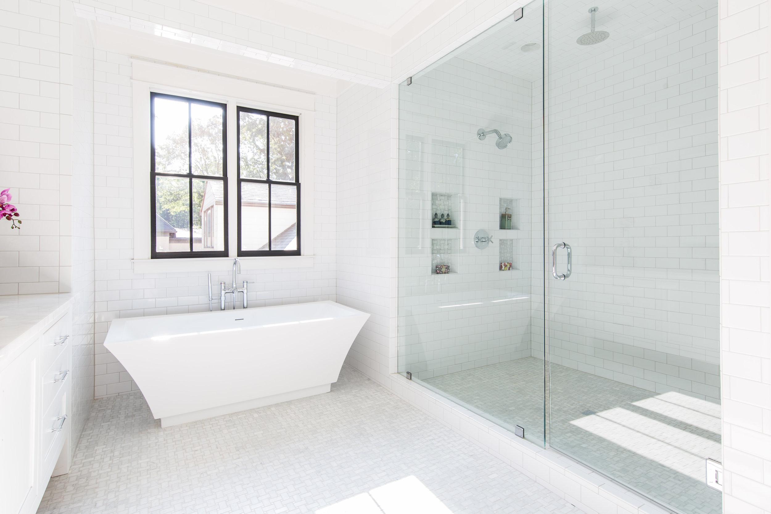 726 Hillpine-Master Bath 2.jpg