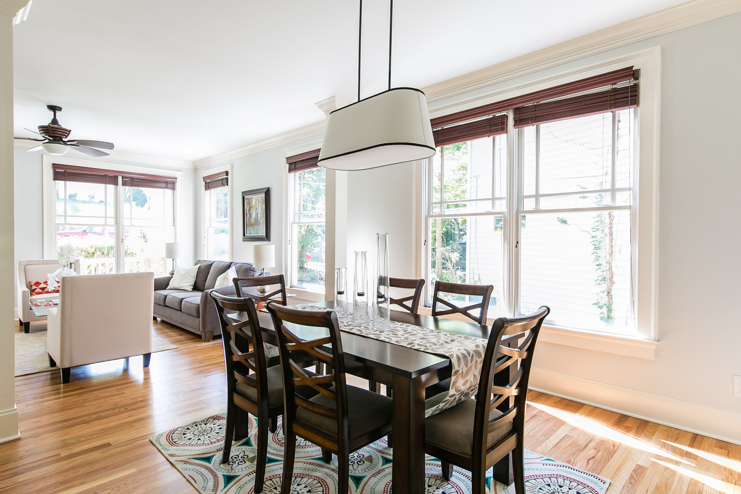 28 Lakeview-Dining 3.jpg