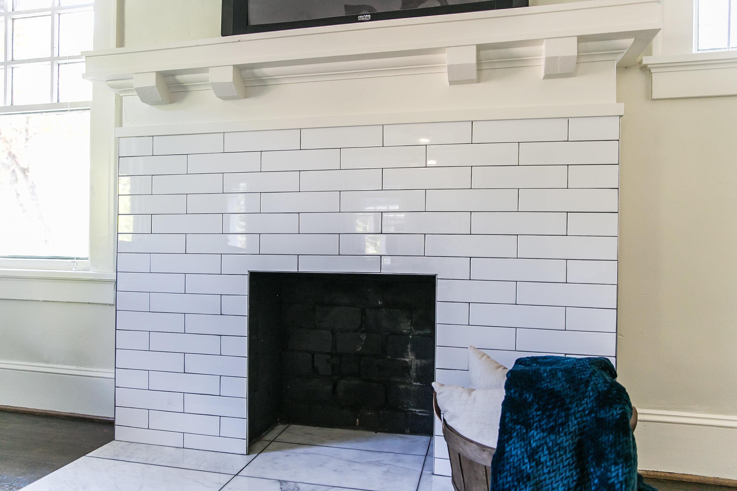 944 Beecher-Living Fireplace.jpg