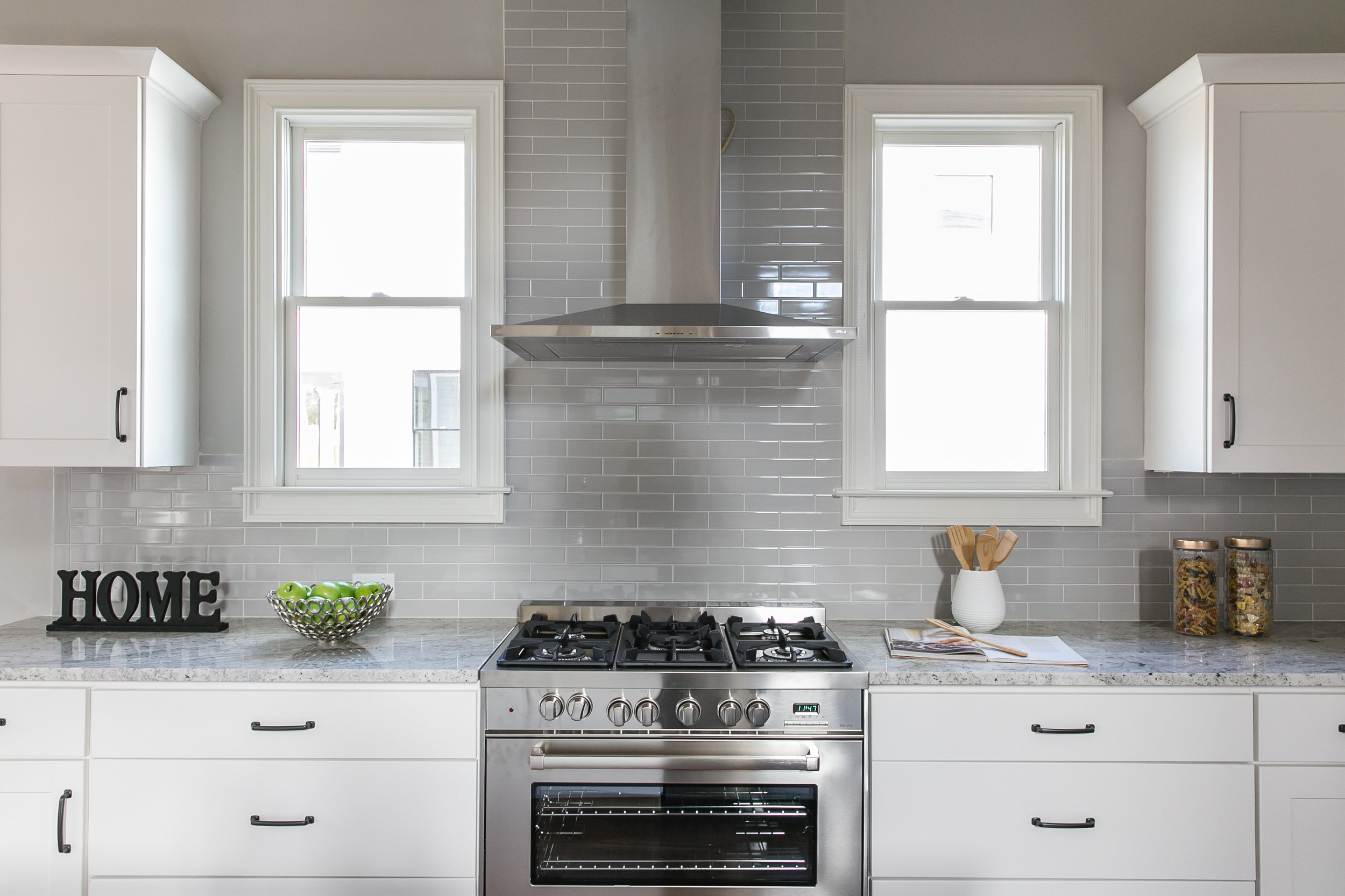 252 Rockyford-Kitchen Stove.jpg