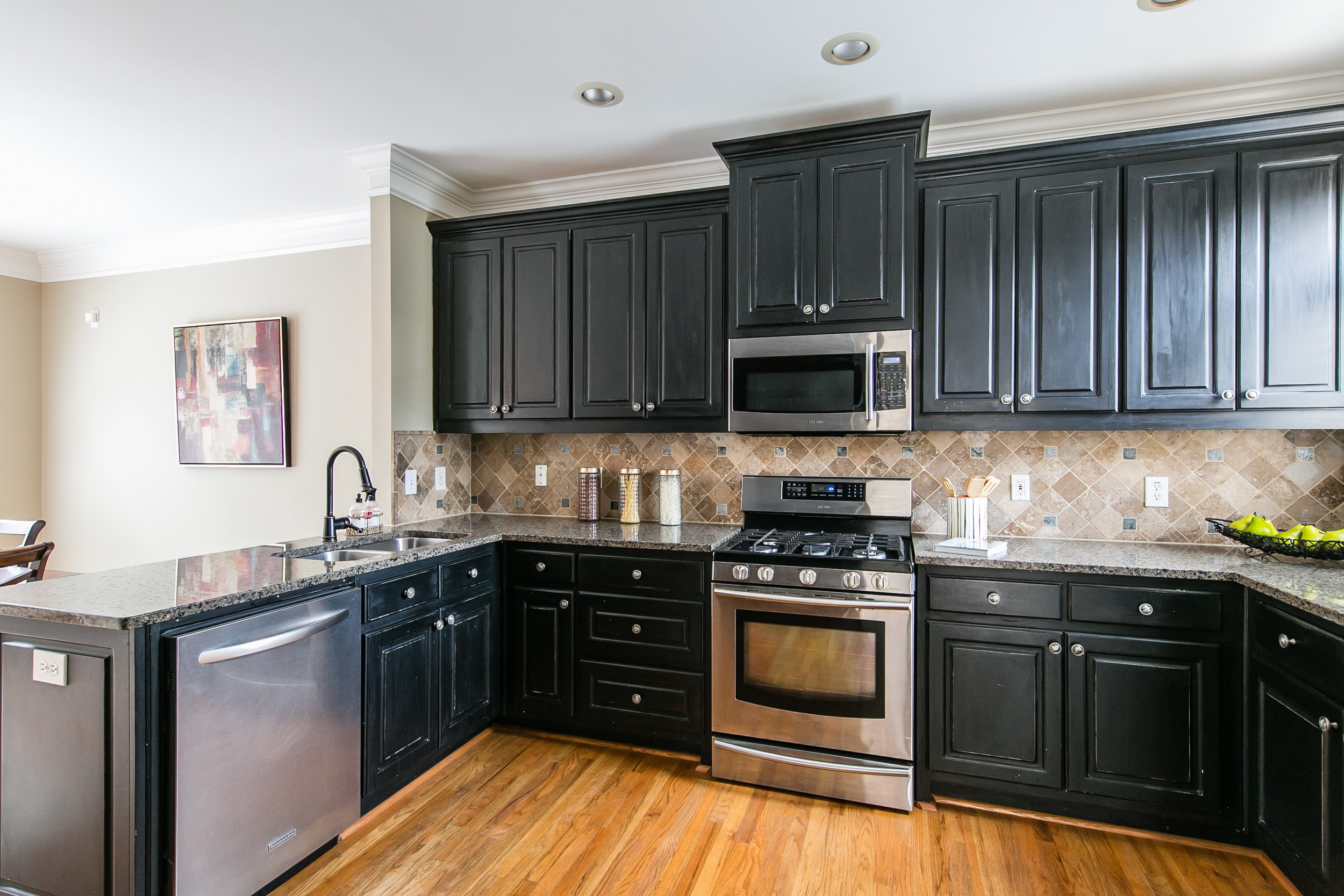 2456 Piedmont Unit 2-Kitchen 1.jpg