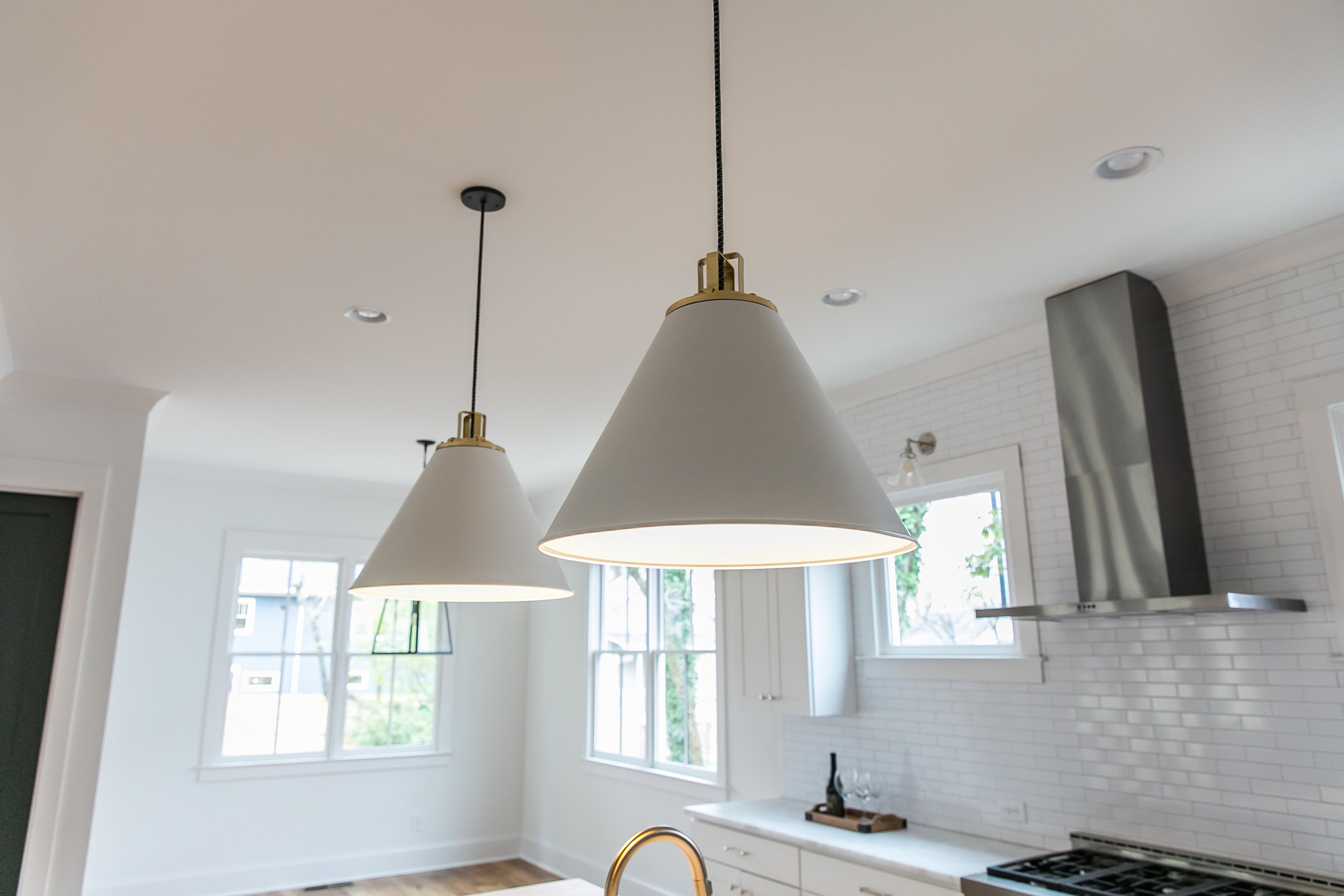 2711 Arbor-Kitchen Fixture.jpg