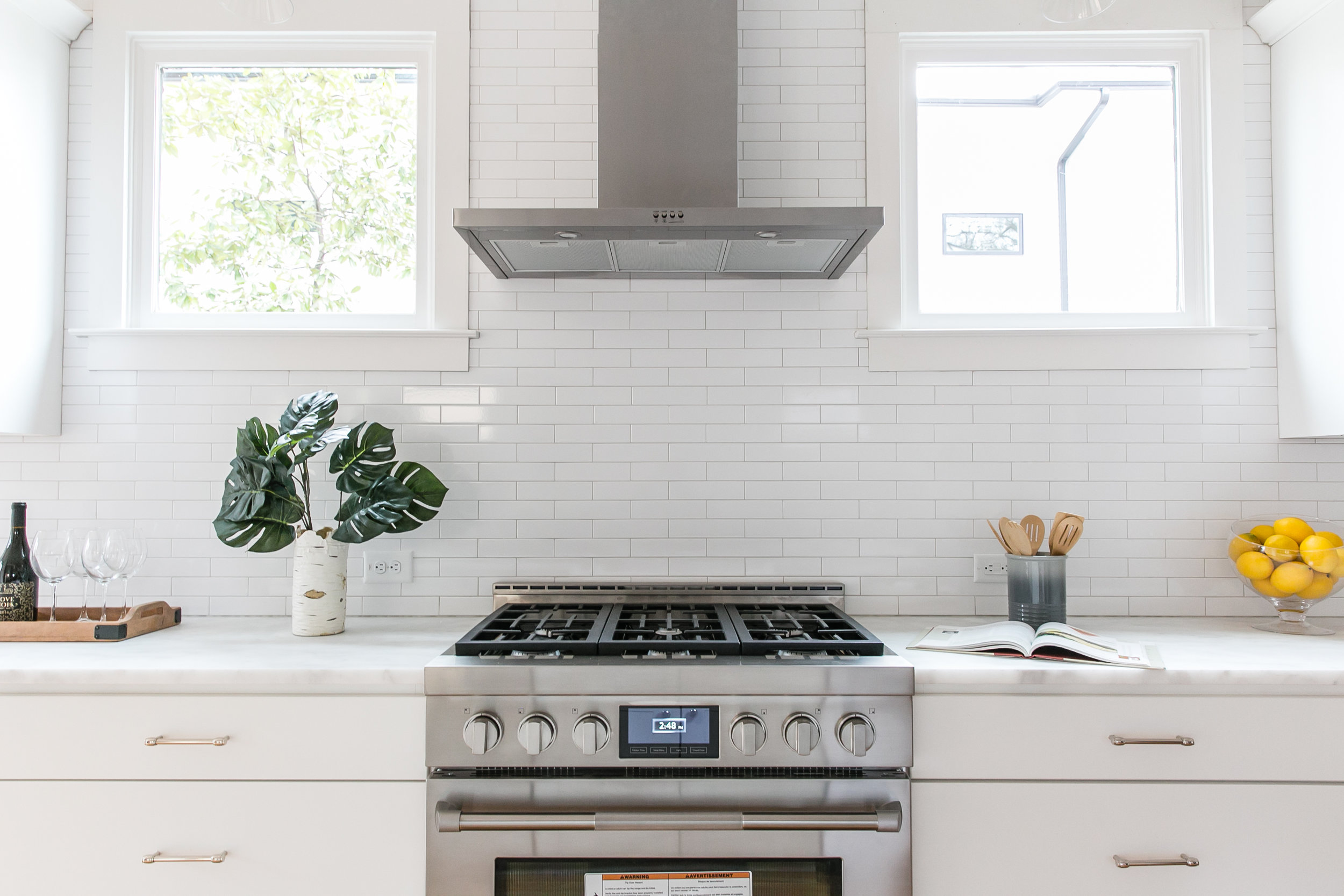 2711 Arbor-Kitchen Stove.jpg