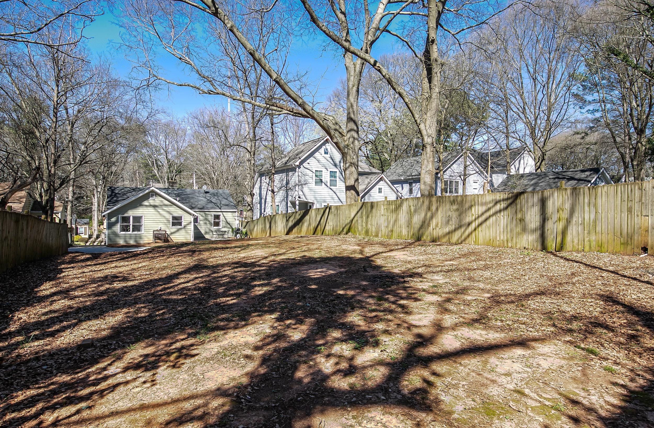 1627 Alder-Backyard 1.jpg