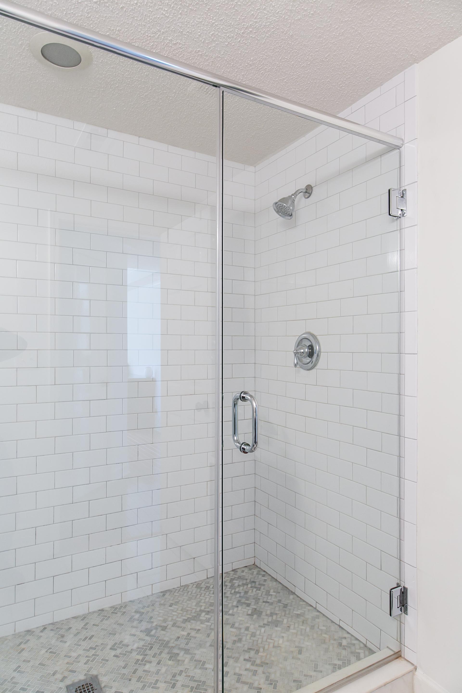 1627 Alder-Master Shower.jpg