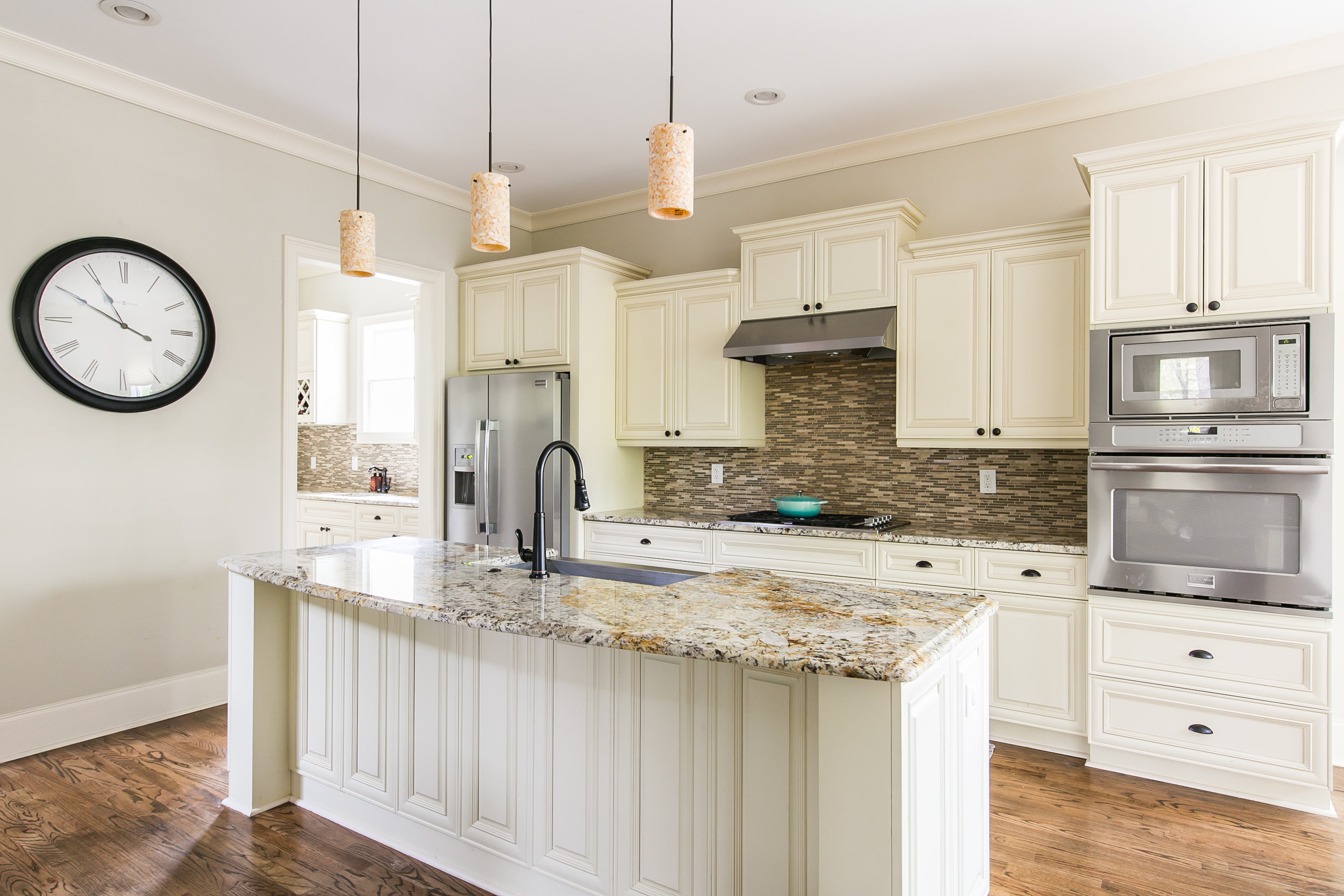 125 Mcclean-Kitchen 1.jpg