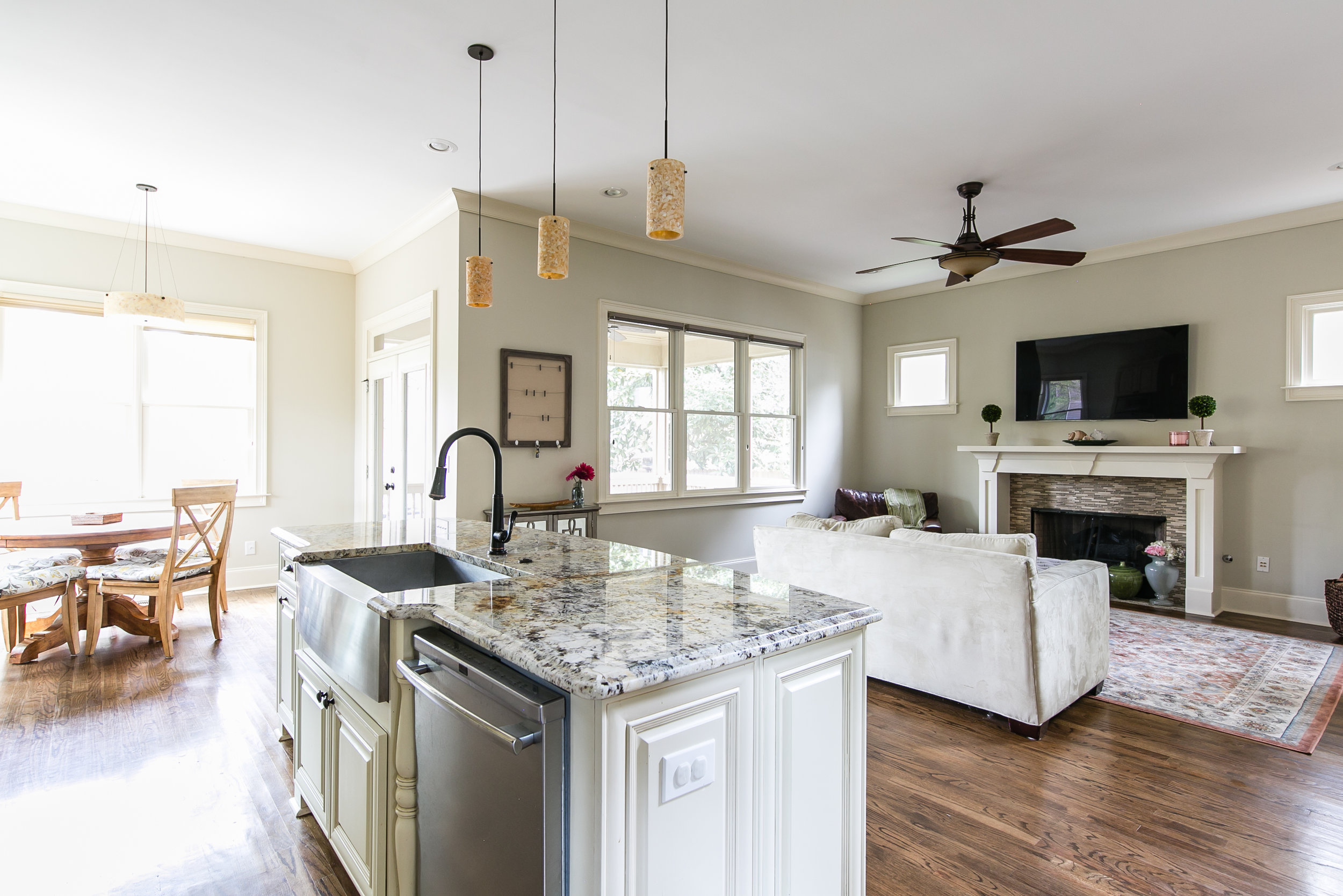 125 Mcclean-Kitchen 3.jpg