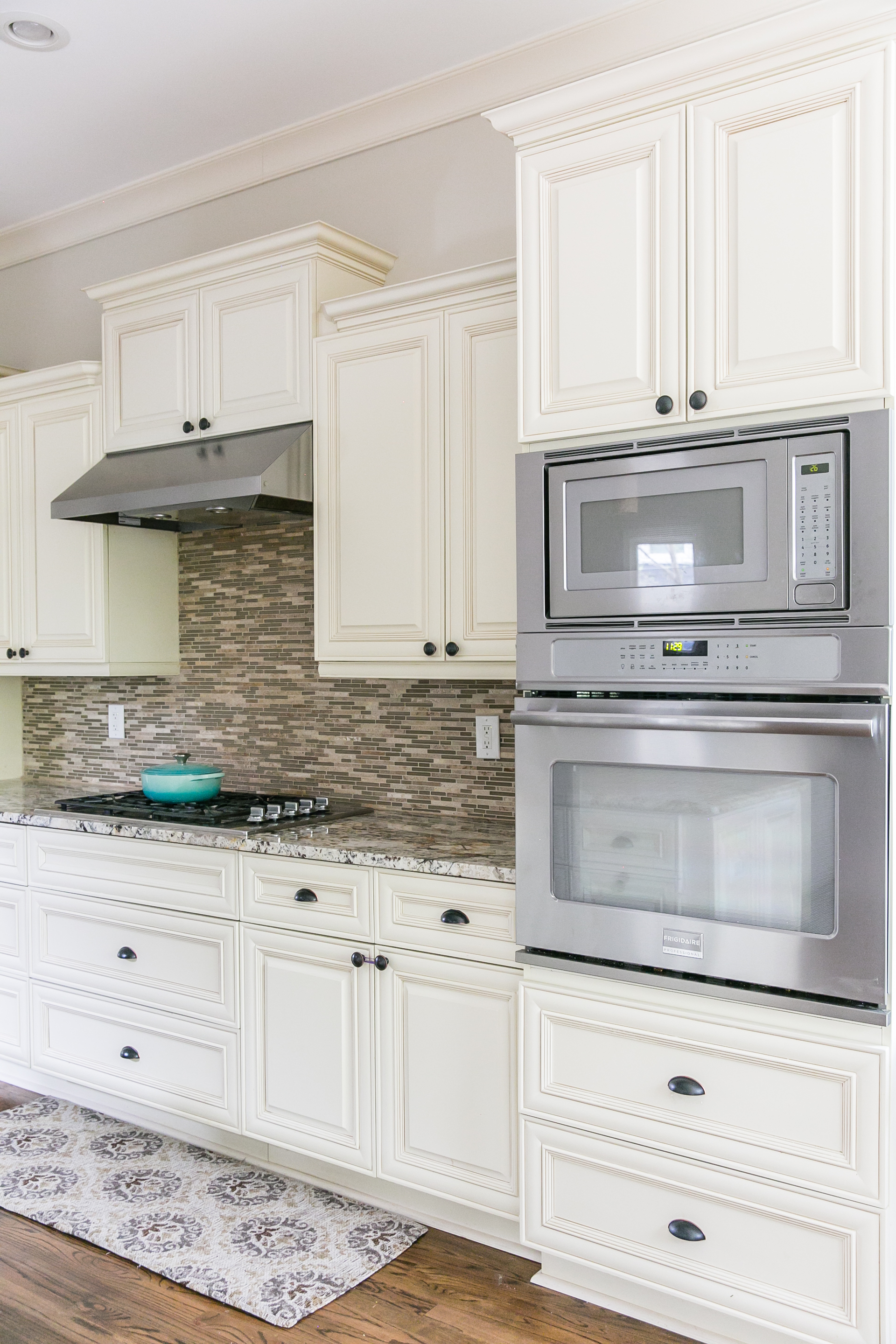 125 Mcclean-Kitchen Detail.jpg