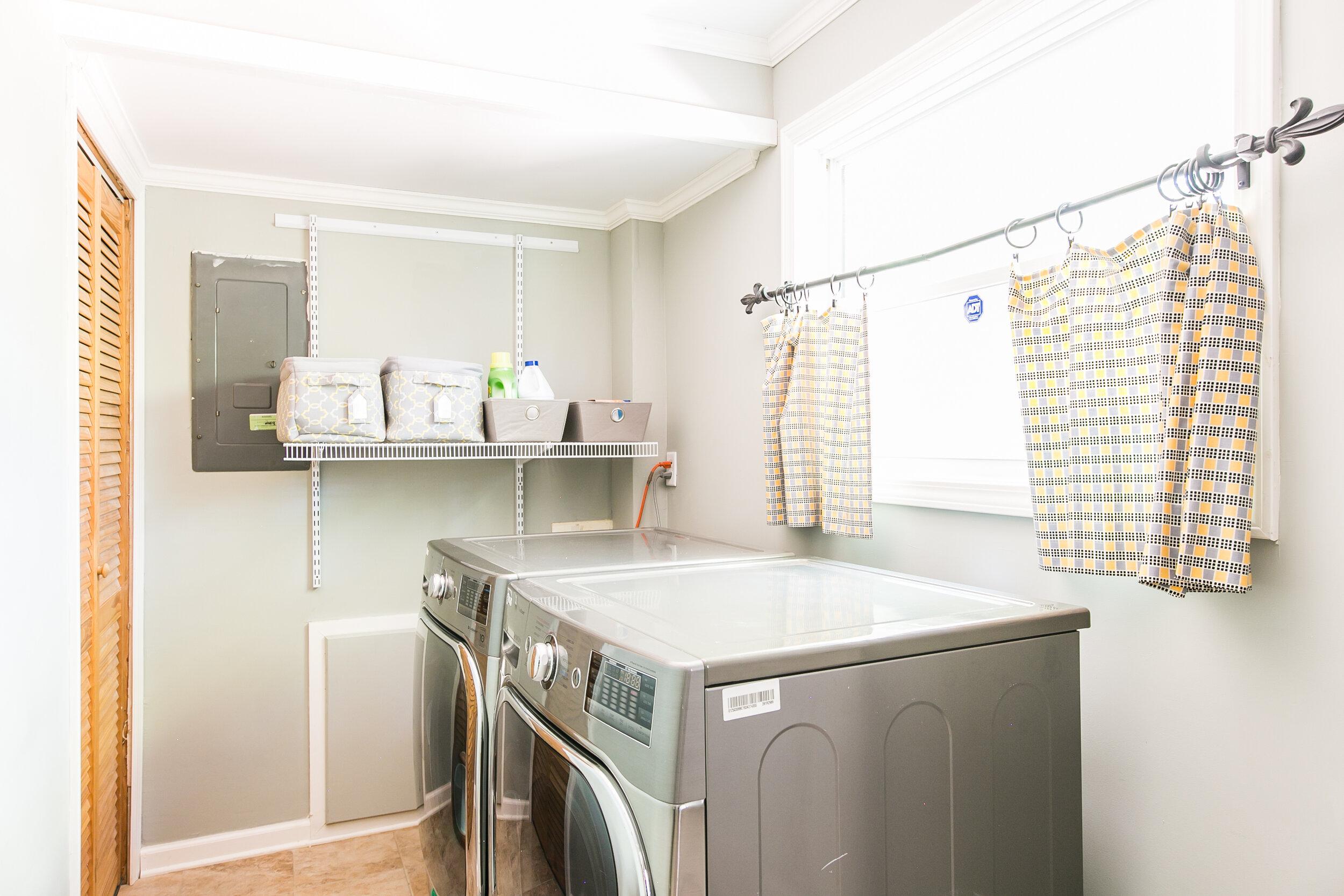 closet-laundry room.jpg