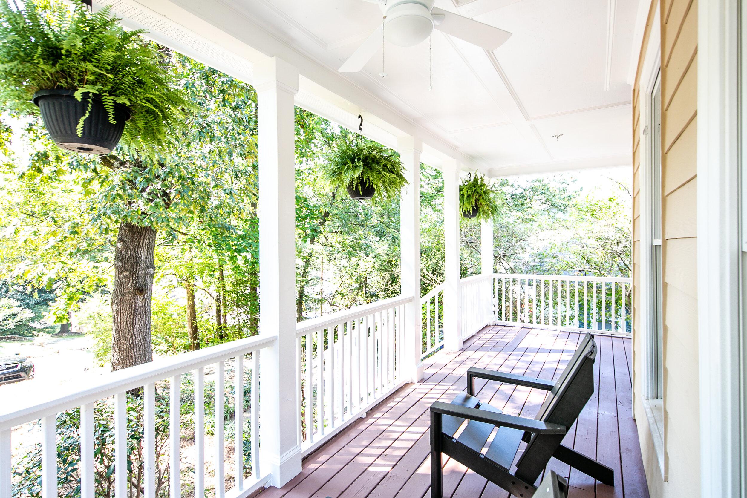 Front Porch-2.jpg