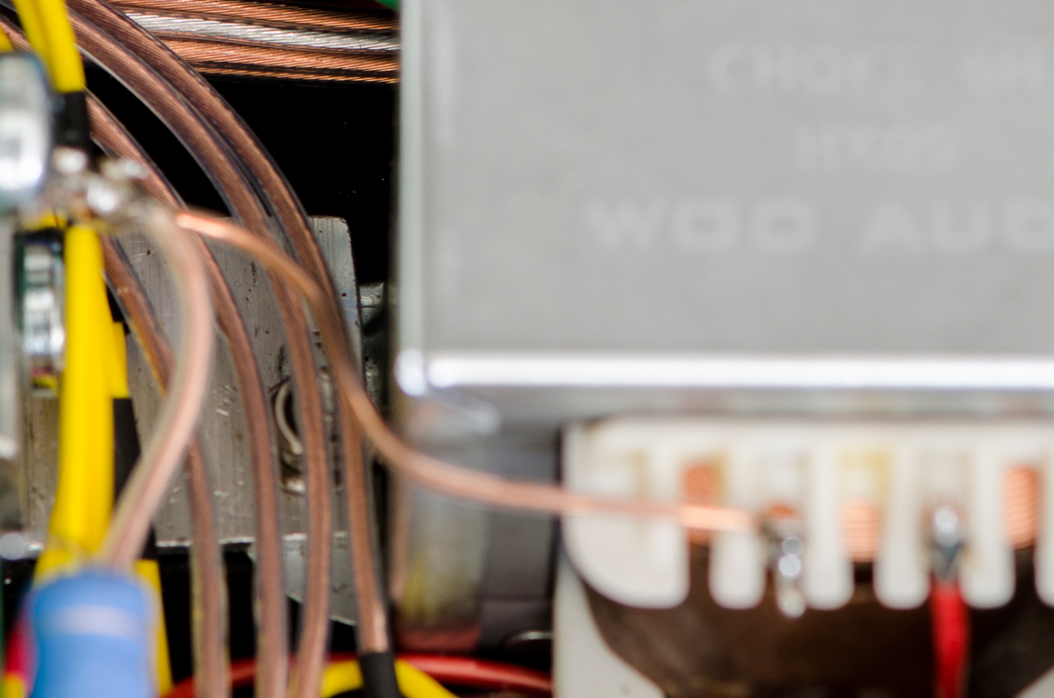 Single Crystal copper hook-up wires throughout.