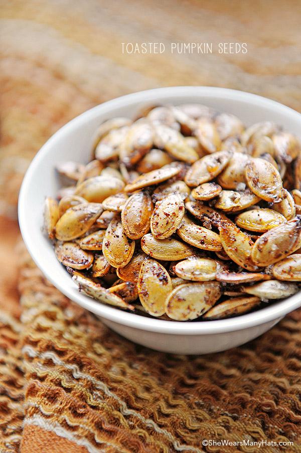 toasted-pumpkin-seeds-recipe-1new.jpg