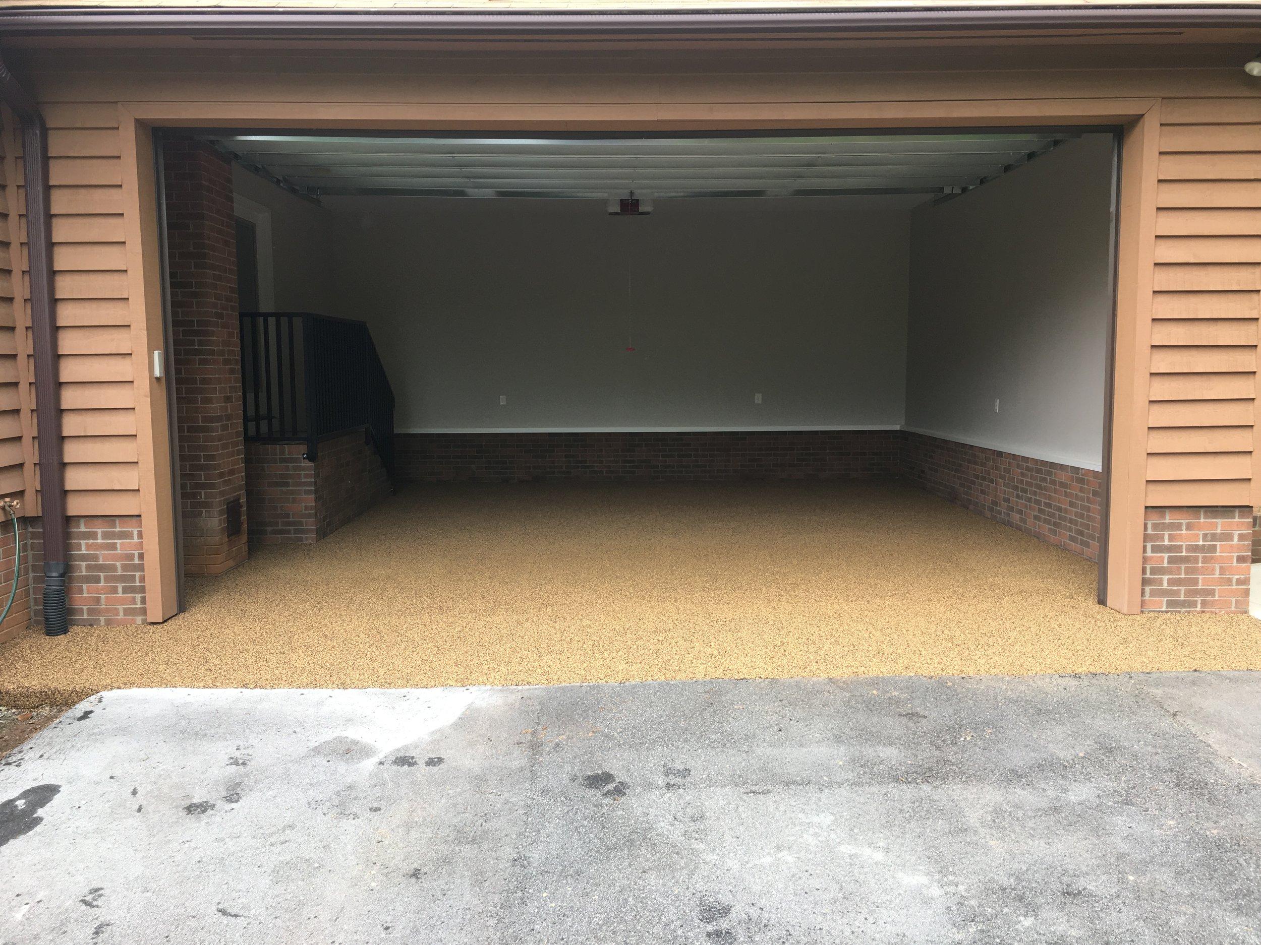 Garage Floor in Mocha