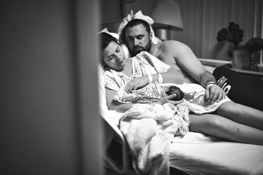 Oregon Bbirth Story Photographer Nicole Briann Photography Chloe Birth Story + Fresh48