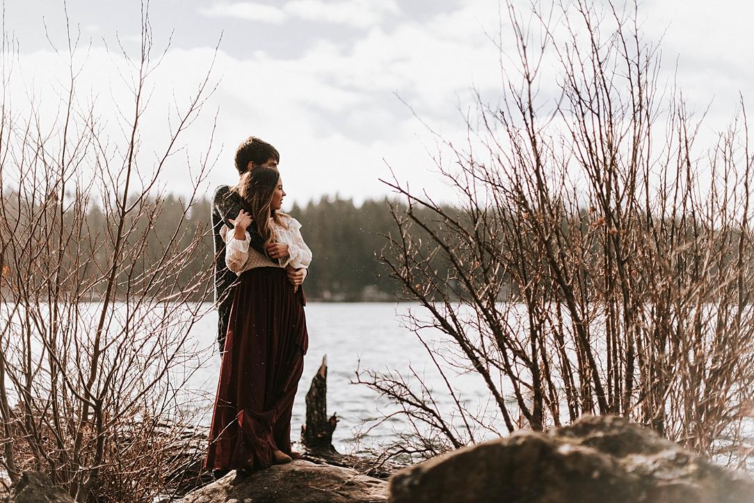 winter lakeside engagement