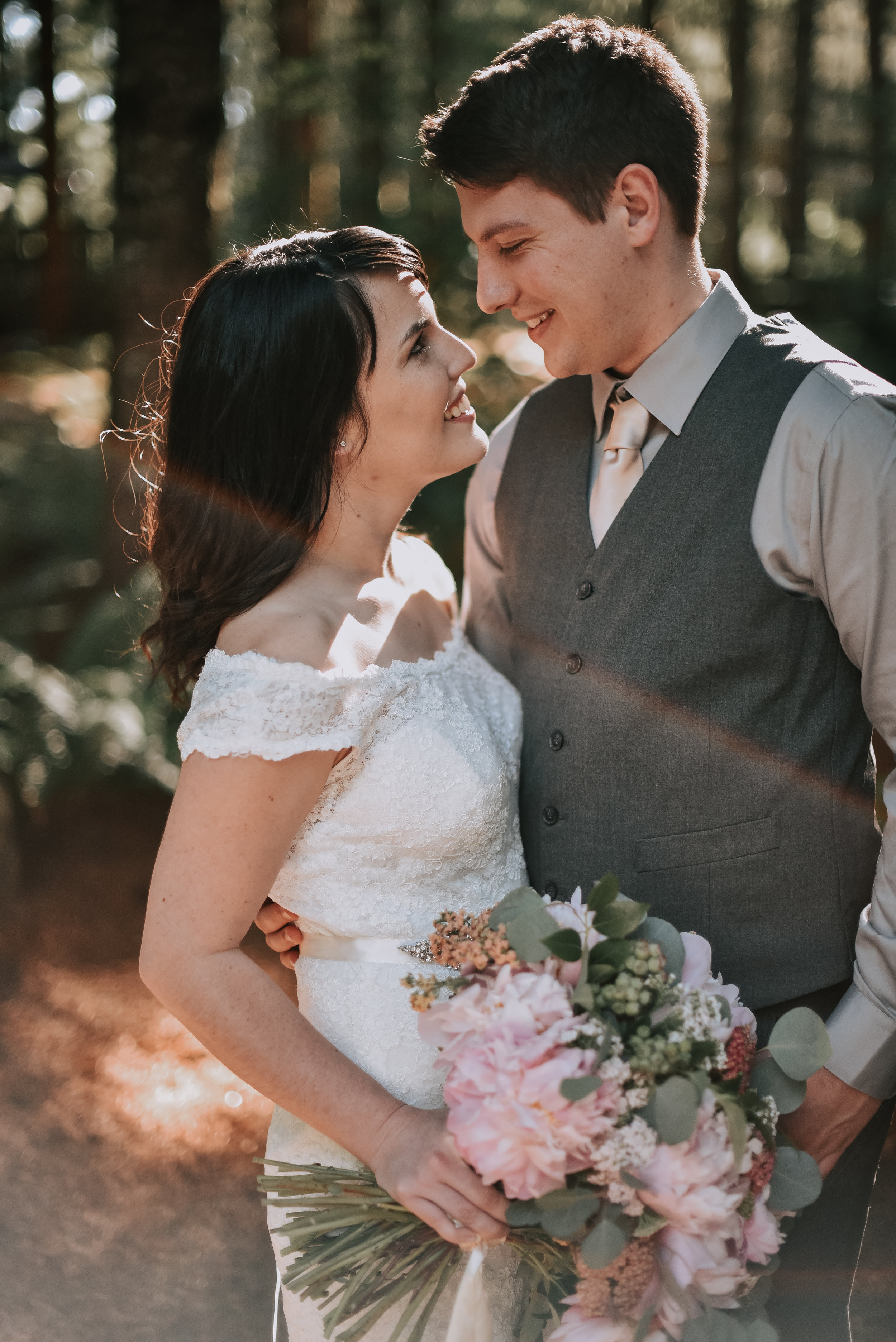 romantic oregon forest wedding