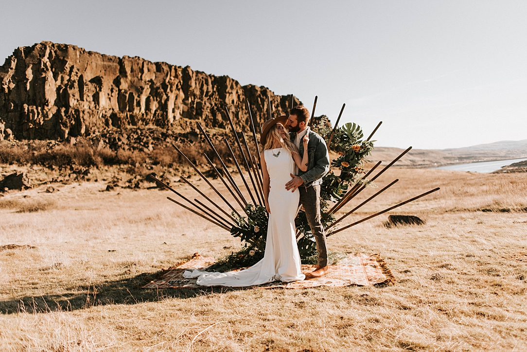 nbp-desert-elopement_0004.jpg