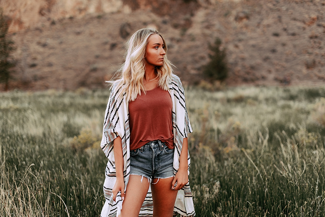 desert boho senior session_0022.jpg