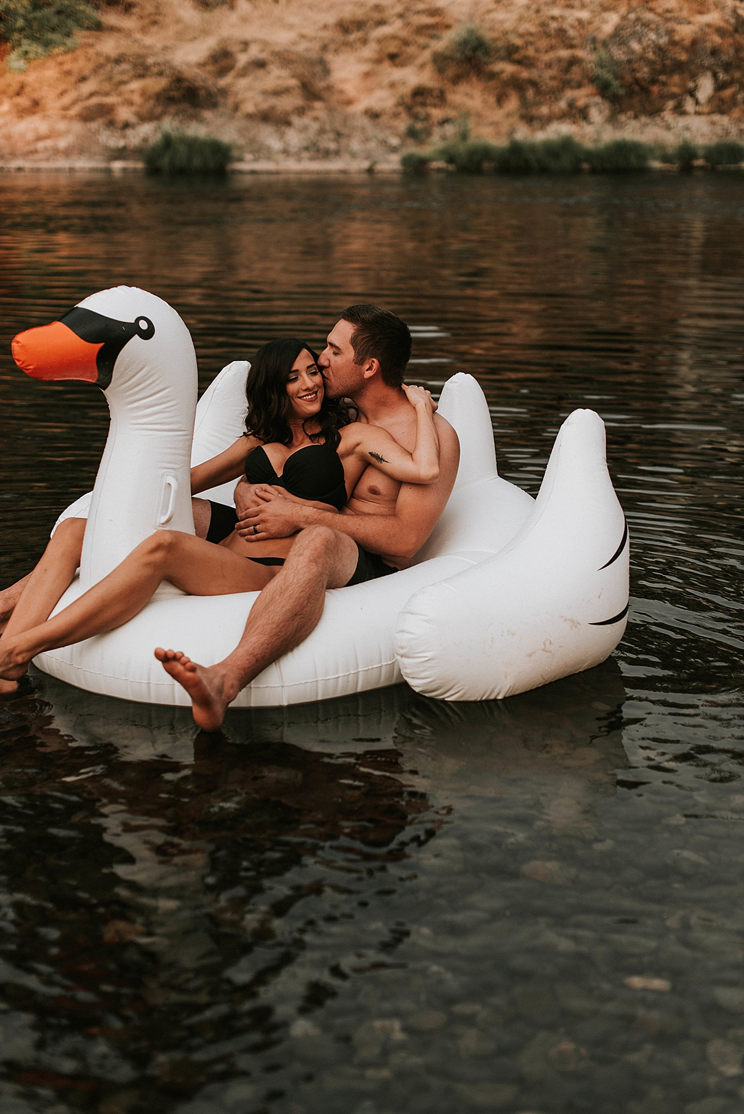 steamy summer river couple session_0002.jpg