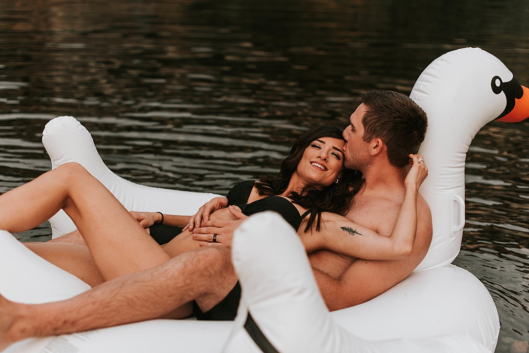 steamy summer river couple session_0006.jpg