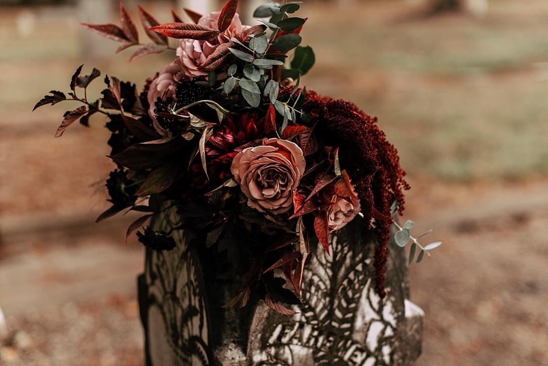 moody halloween elopement_0019.jpg