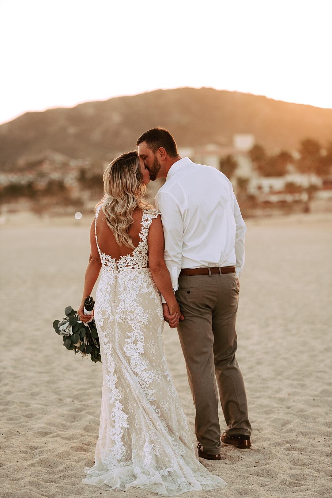 dreamy cabo beach wedding_0018.jpg