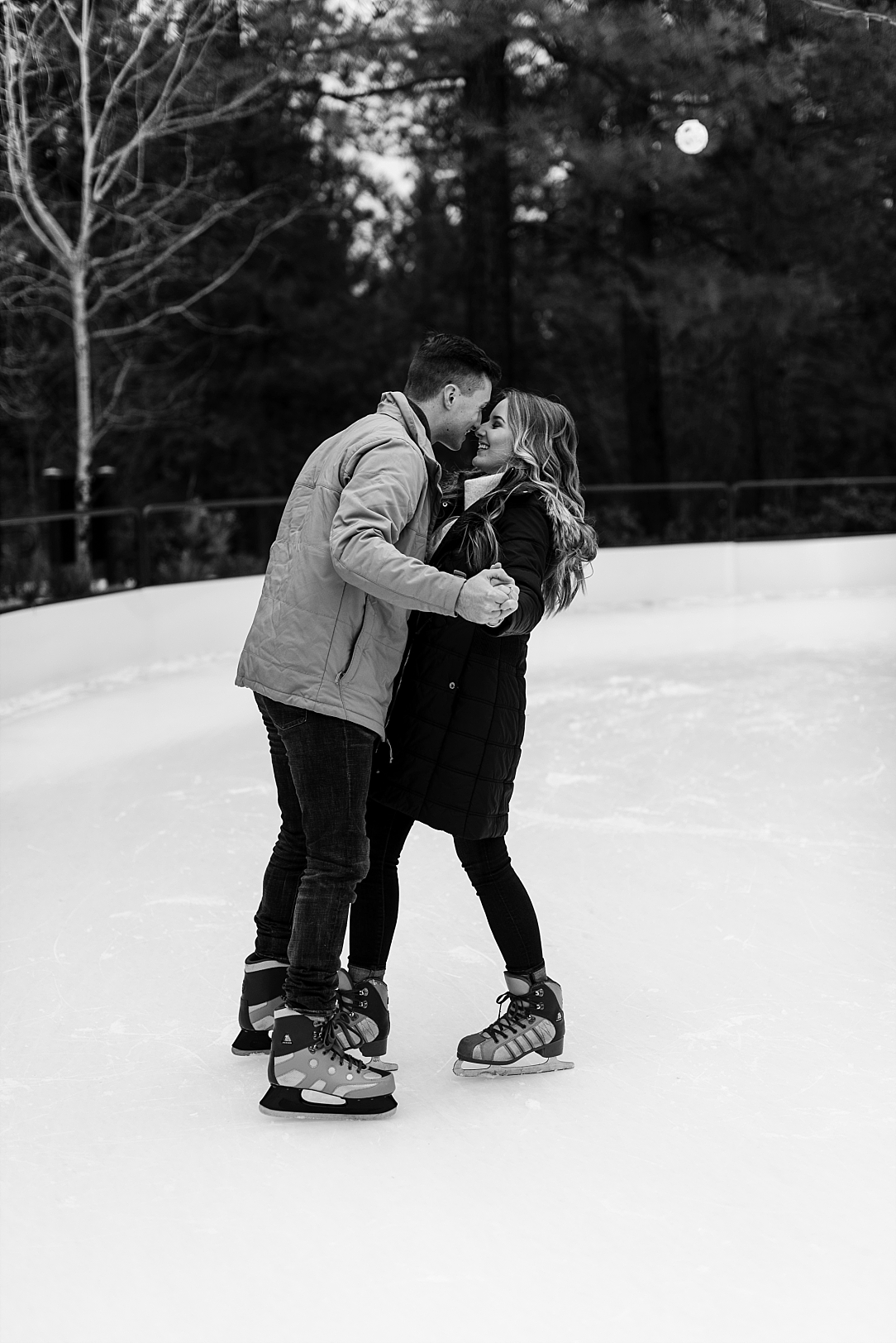 ice skating couple session_0006.jpg