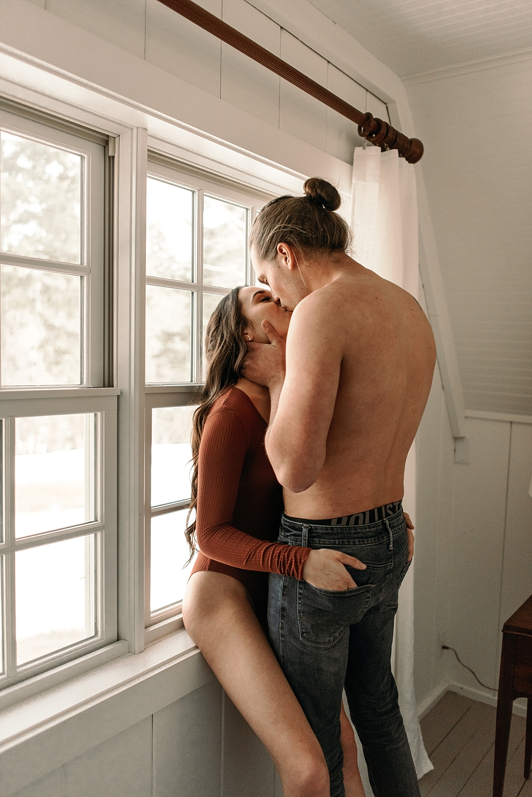 cozy playful intimate in home couple session_0042.jpg