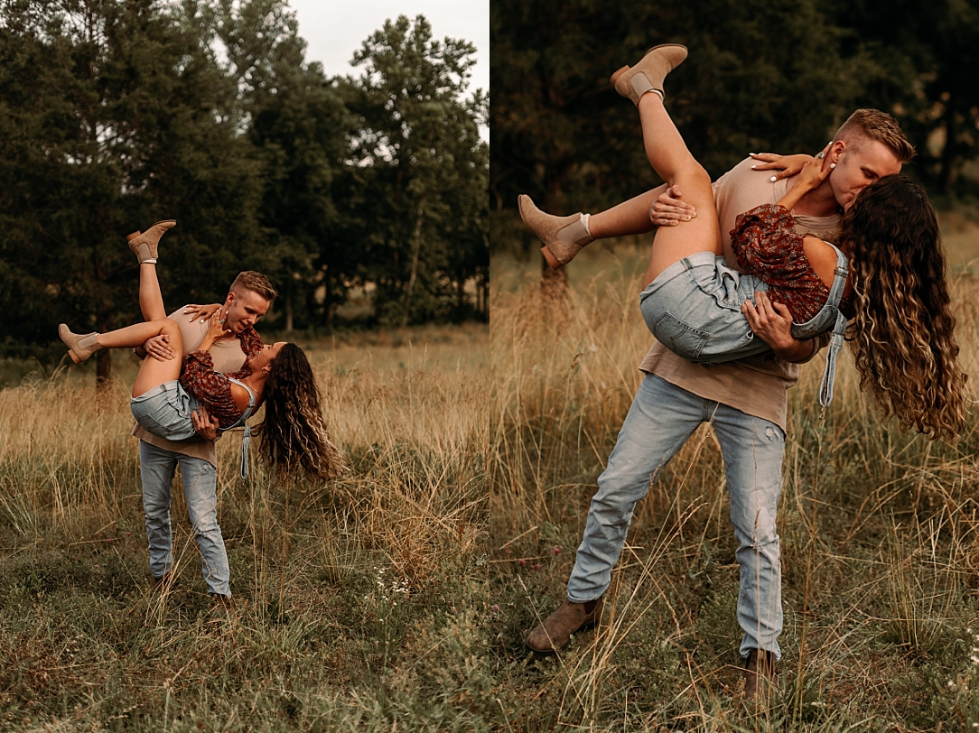 playful summer country field couple session_0007.jpg
