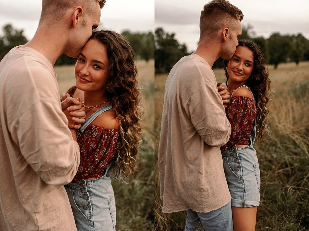 playful summer country field couple session_0029.jpg
