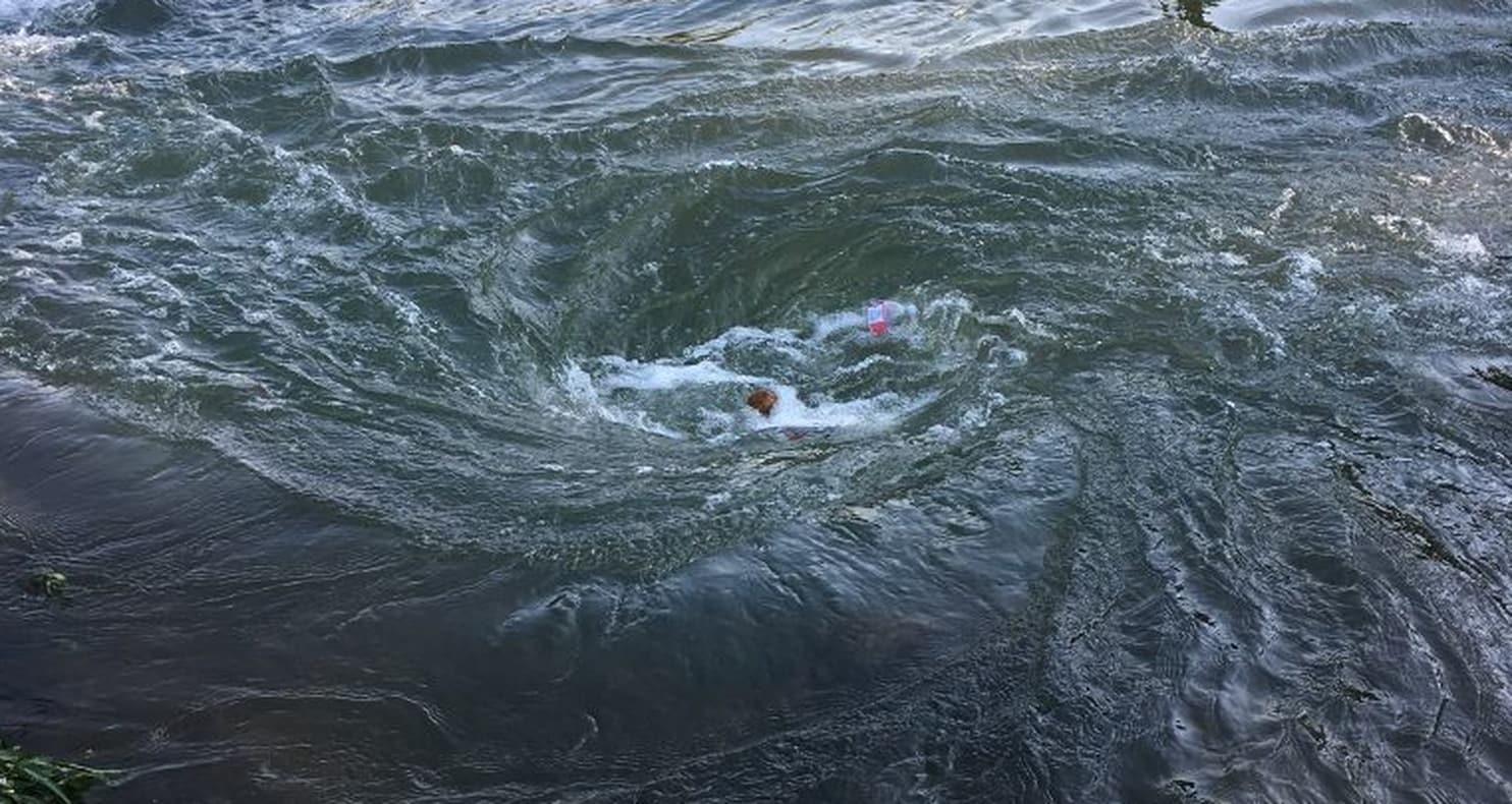 Whirlpool Danger on Arkansas' Spring River.png