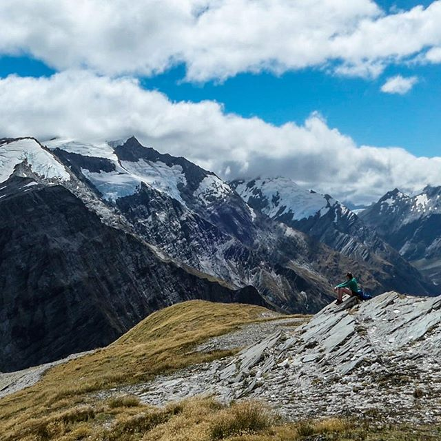 First little segment of fastpacking the Southern Alps done in 4.5 beautiful days on the trail. The going is pretty slow with gnarly trails, technical passes, and many, many river crossings (some a little deep 🐳), but it's probably a good place to slow down and soak in the natural beauty 🏔😍. I've been letting my legs ease into it, but it's clear they're going to have to be up to a very serious task to get across this mountain range. I expect some time in the pain cave is up ahead... at least it's a beautiful one! 🇳🇿🏃🏻‍♀️ #fastpacking #futherfaster @montaneofficial #thesolo6