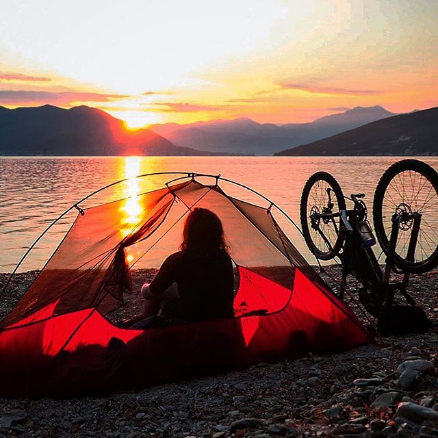 Less intense, more in tents ⛺️ Time in nature is scientifically proven to be good for you on all fronts - physical, mental, and emotional wellbeing. I don't think I could ever feel as relaxed as I do after a night on a beach under the stars 🌟 📸 was two years ago today on a bikepacking trip around the Balkans. I mostly stuck to the mud and the mountains, but couldn't resist the lure of the Montenegro coastline for a couple of days 🐳 @komoot #adventurewithkomoot