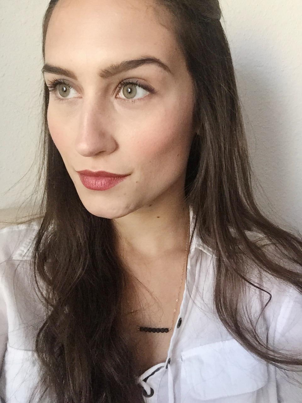 Au Naturale Cosmetics  in 'Ruby'