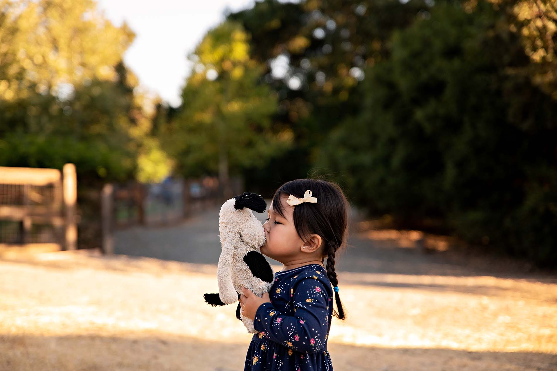 sharon kenney family photography toddler love