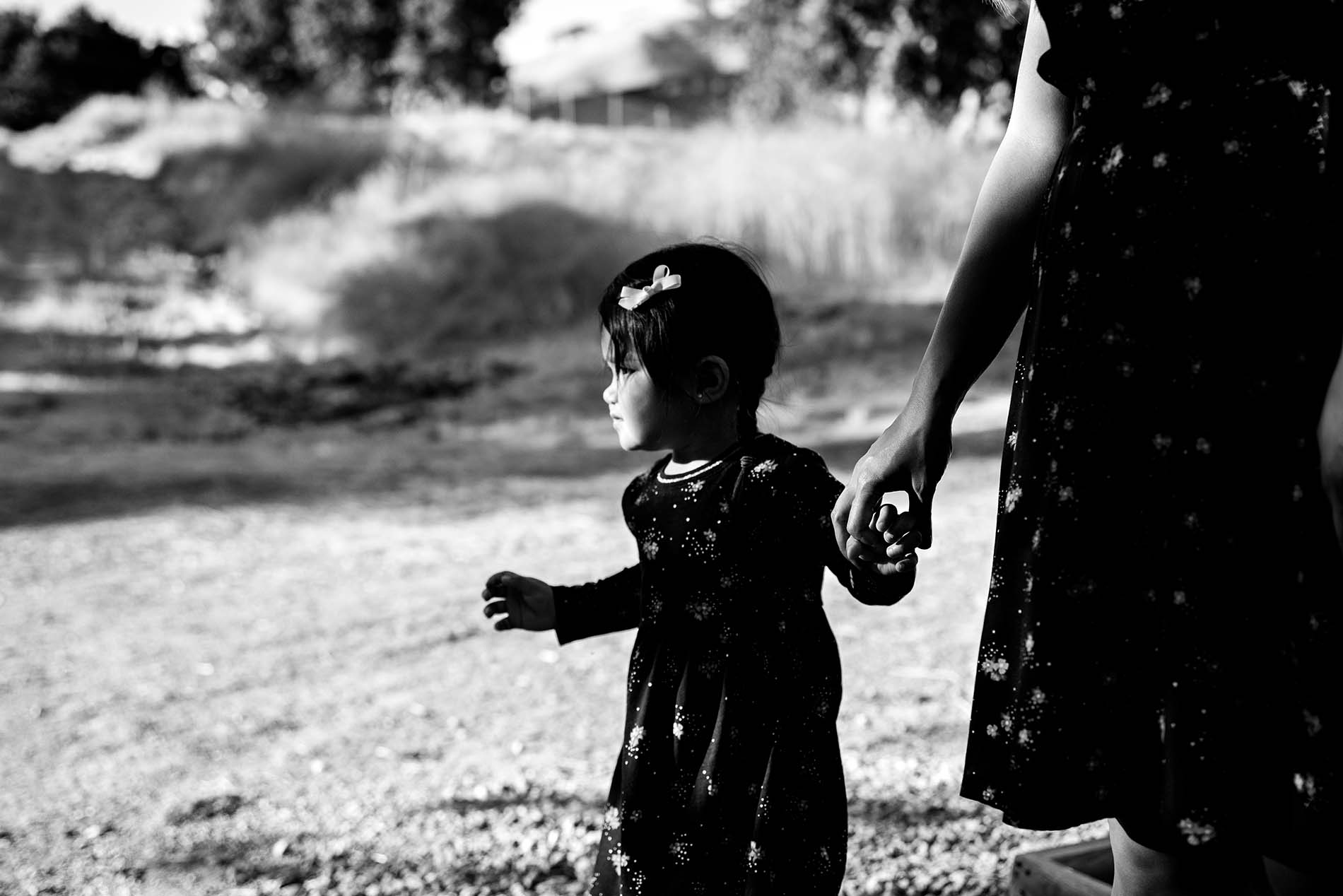 sharon kenney family photography black white