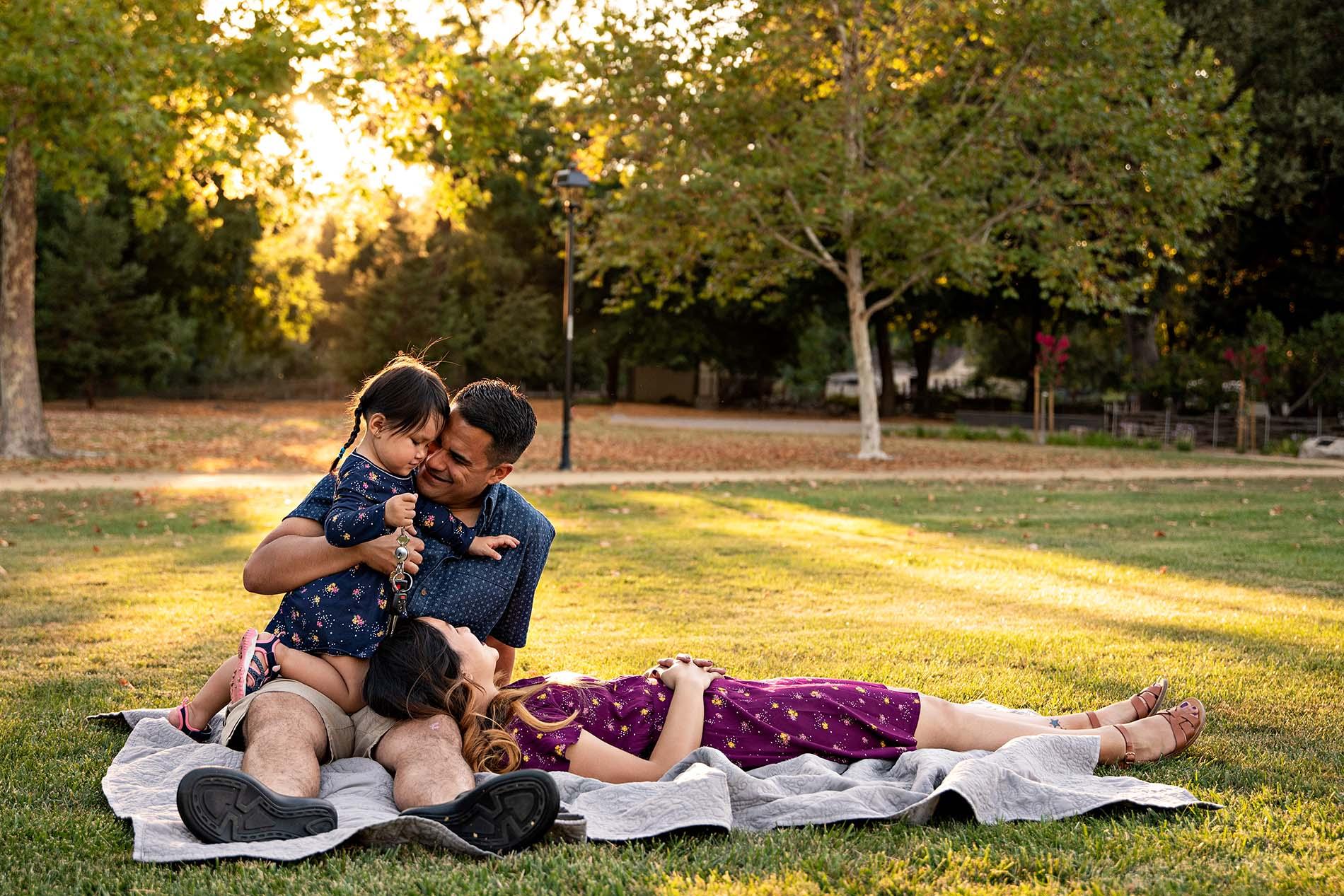 sharon kenney family photography cuddle